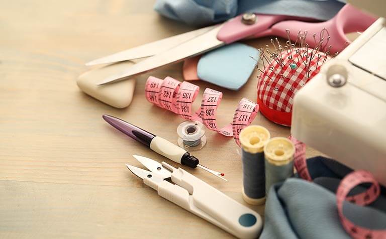 sewing and hemming tools
