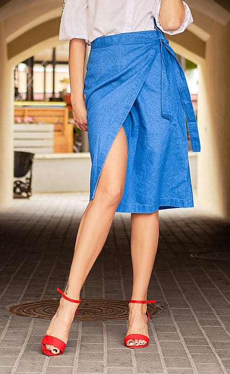 wrap blue skirt and red high heels