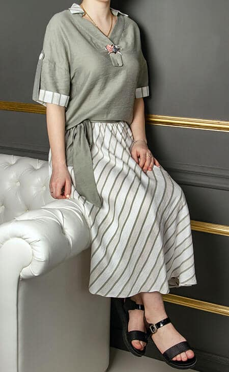 tea-length skirt