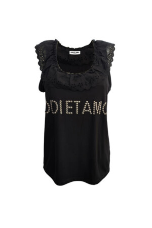 Sleeveless black T-shirt with a Lace Ruffle at the Neck